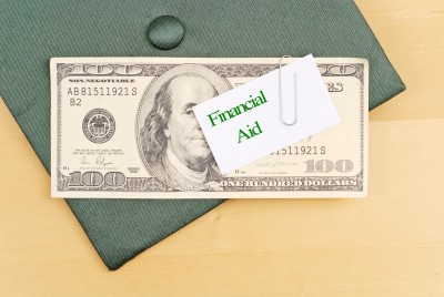 Financial Aid for Single Moms